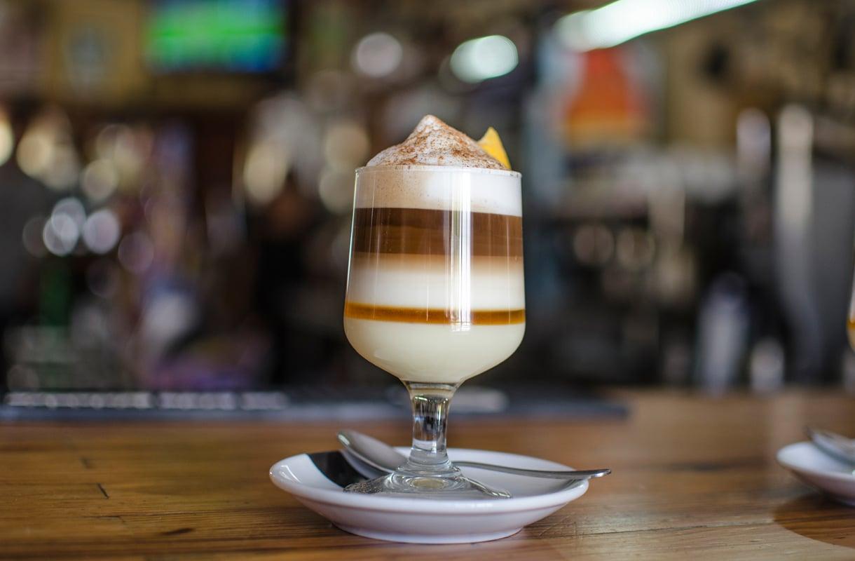Matkailijan opas: näin tilaat kahvia Espanjassa