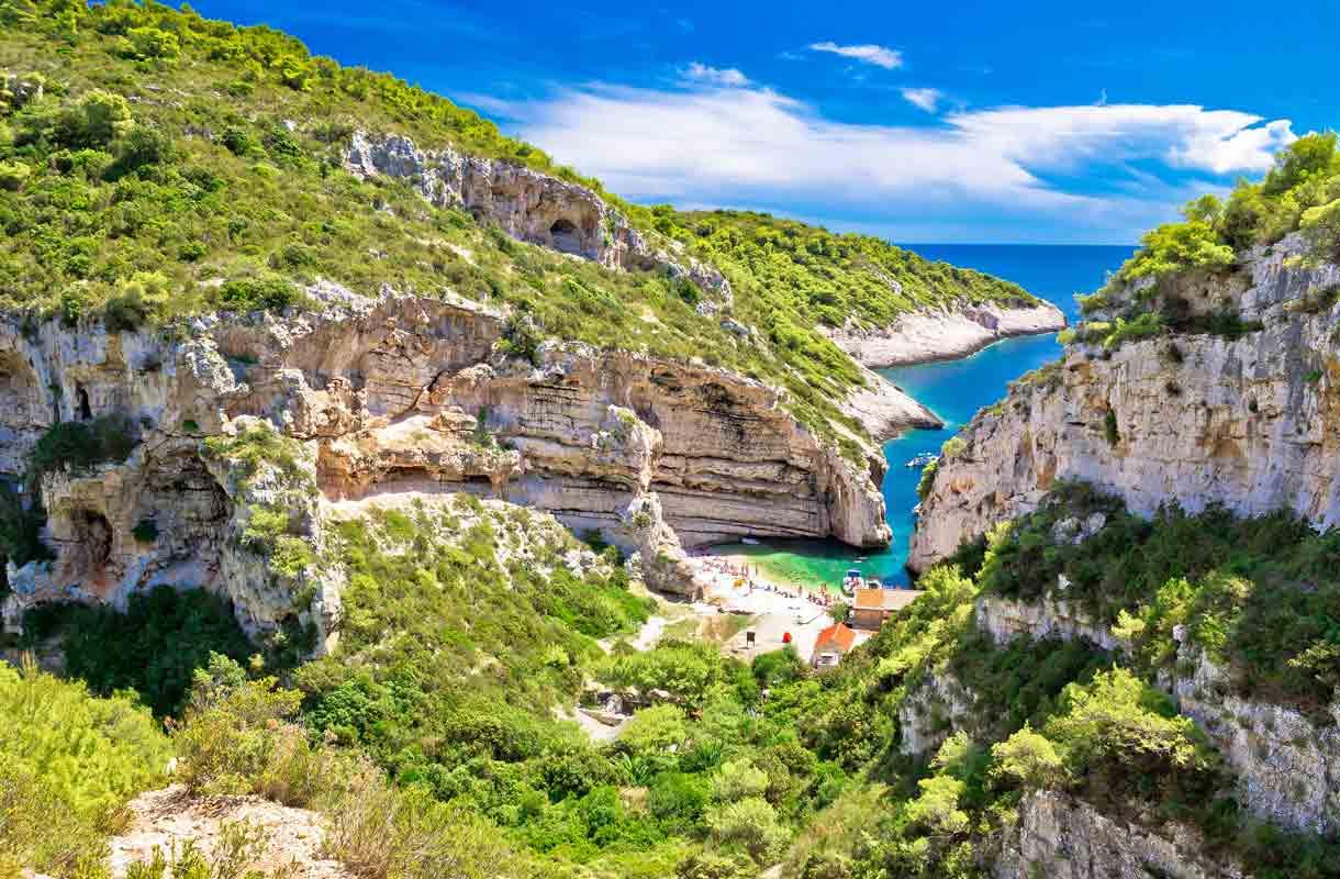 Mamma Mia! Here We Go Again kuvattiin Visin saarella Kroatiassa