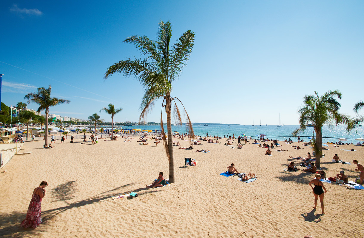 Barcelonalaiset ovat kyllästyneet turisteihin