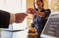 Kuinka paljon hotellit tietävät asiakkaista?