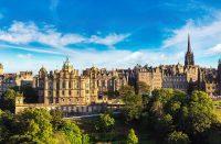 Miksi skotlantilaisen hotellin kellotornissa on vuodesta toiseen väärä aika?