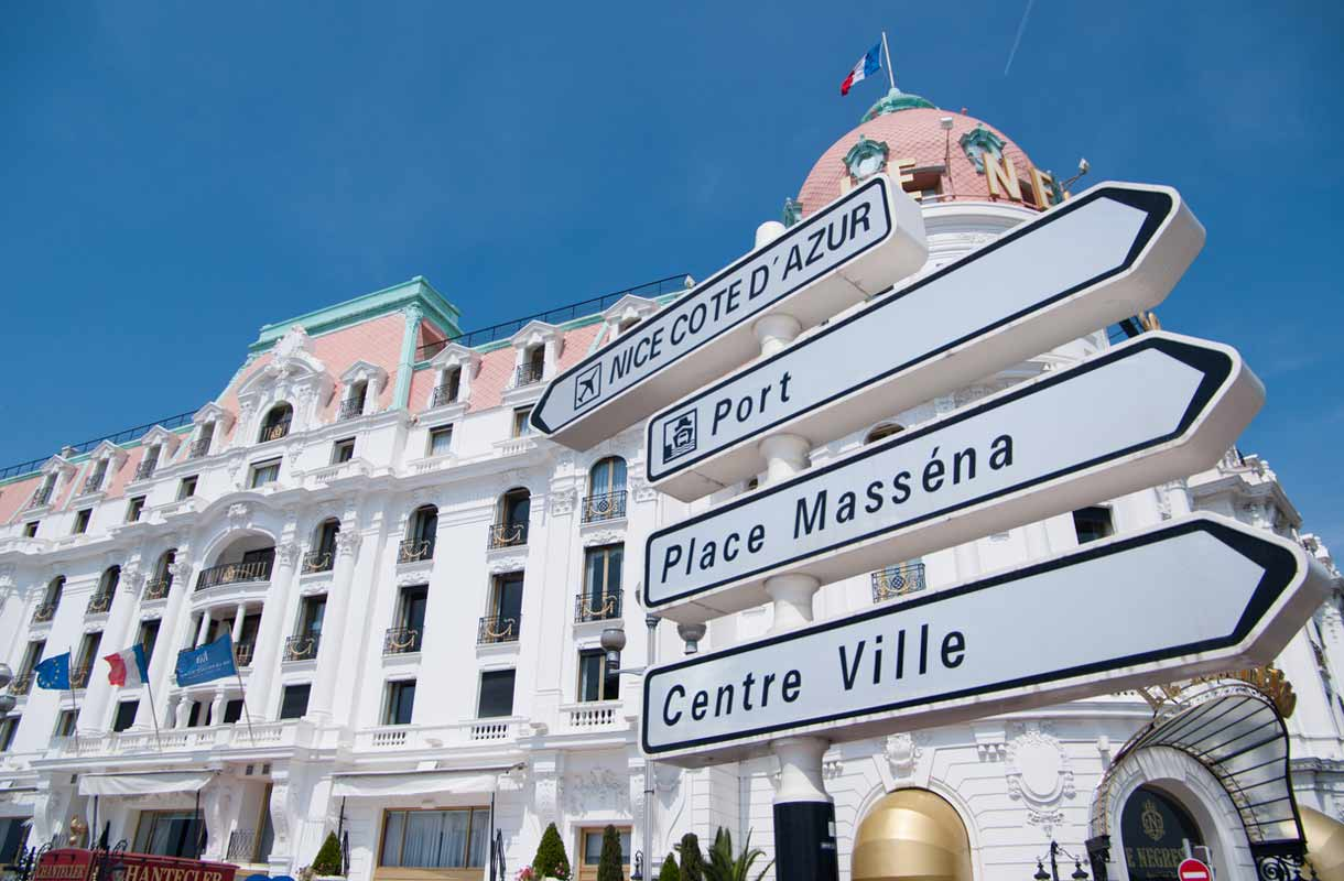 Nizzaan voi matkustaa ympäri vuoden