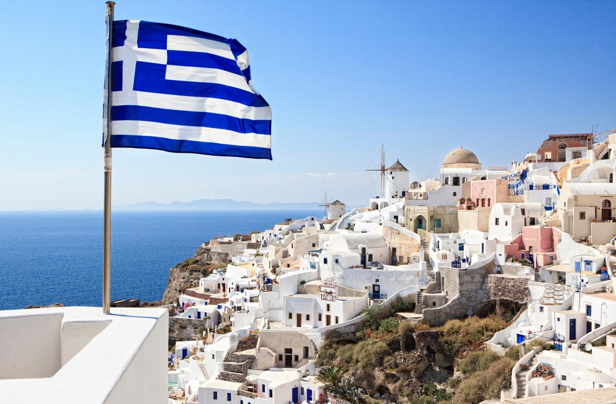 Santorinille voi matkustaa myös talvella