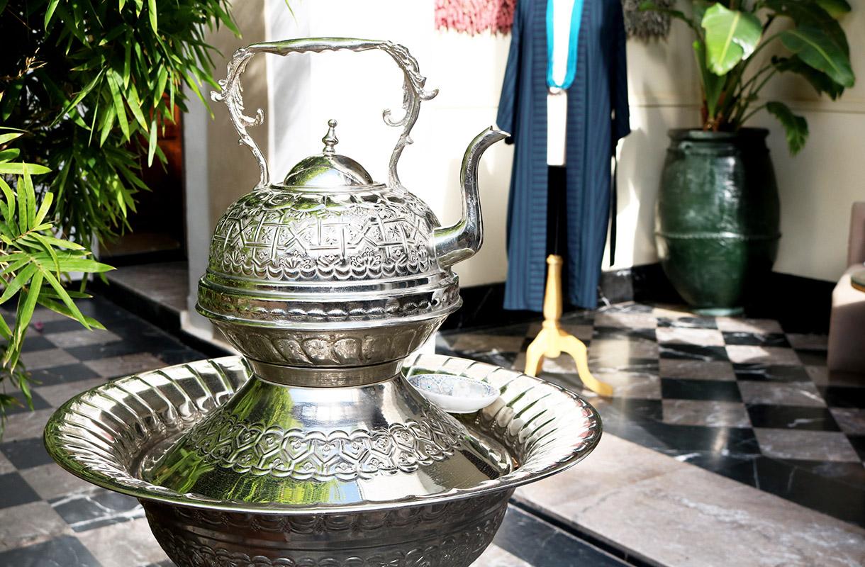 Marokkolainen minttutee