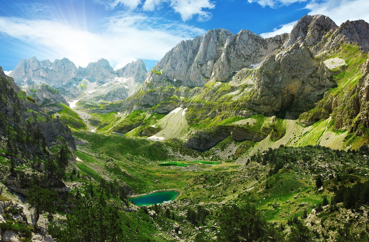 Alpit, Albania