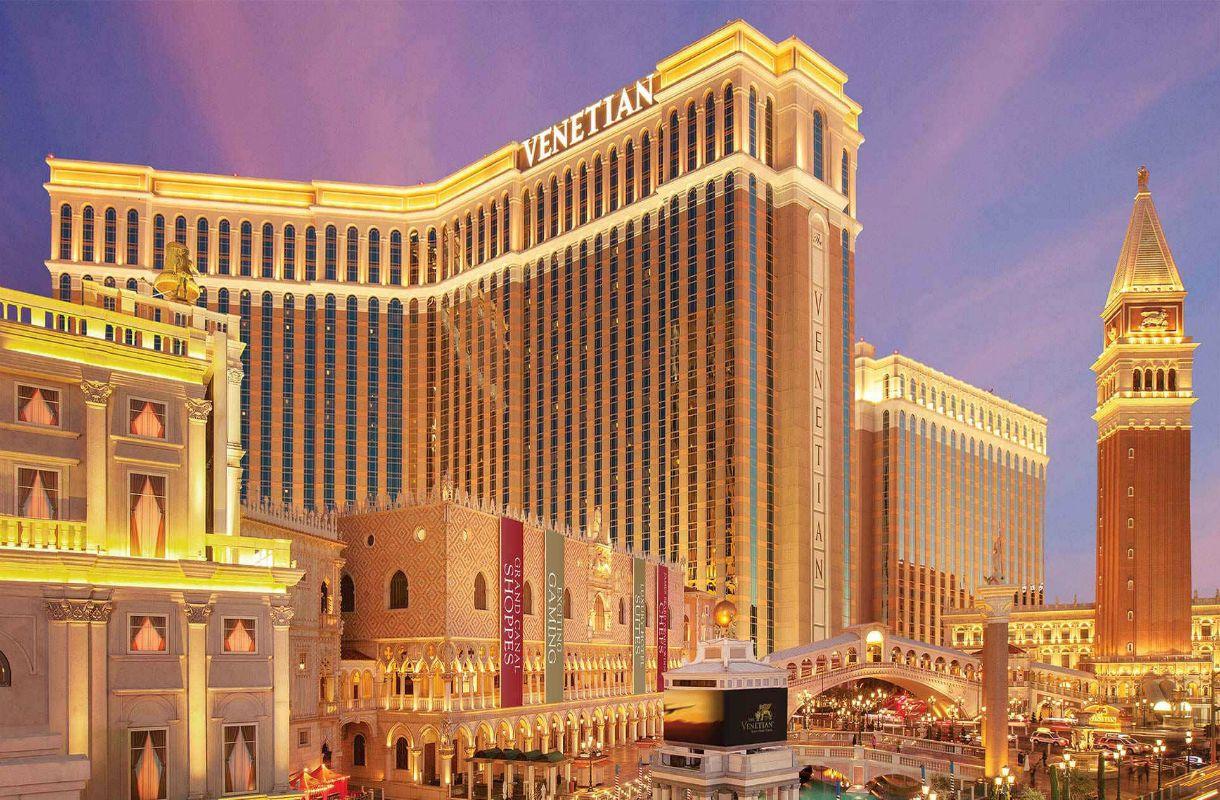 Monet maailman suurimmista hotelleista sijaitsevat Las Vegasissa