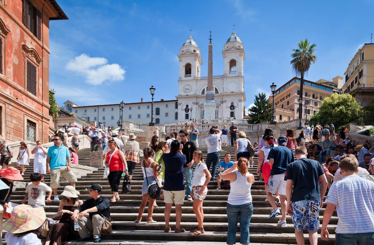 Espanjalaiset portaat Roomassa - miten ne saivat nimensä?