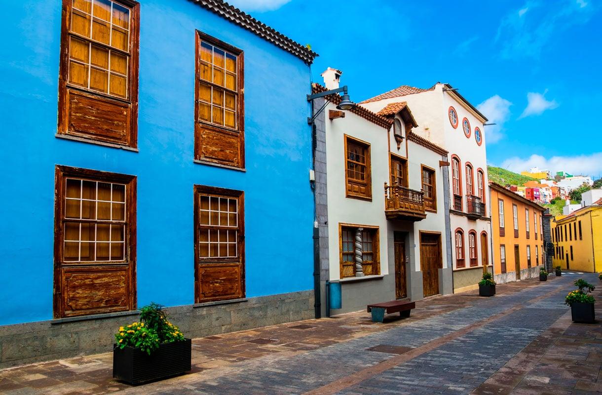 Kanarialla rakennukset ovat erilaisia kuin Espanjan mantereella