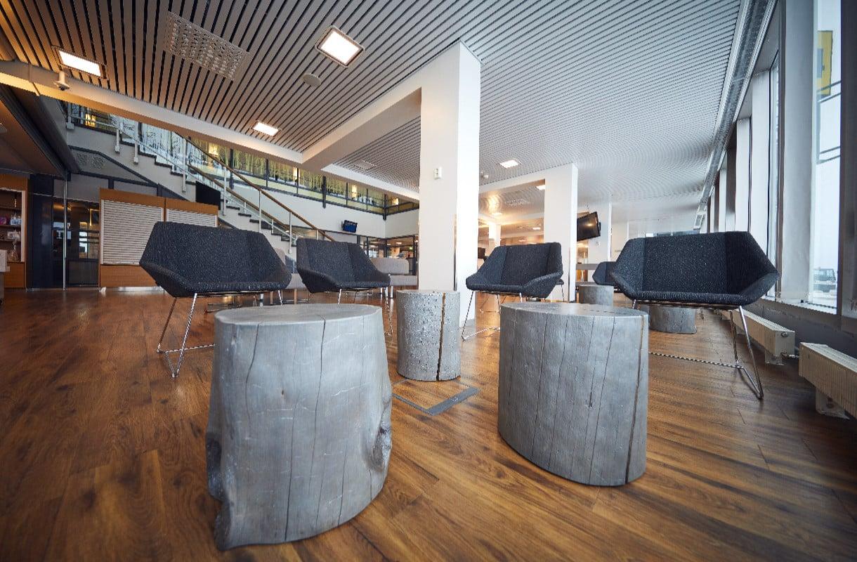 Kuopion lentoasema, Suomi