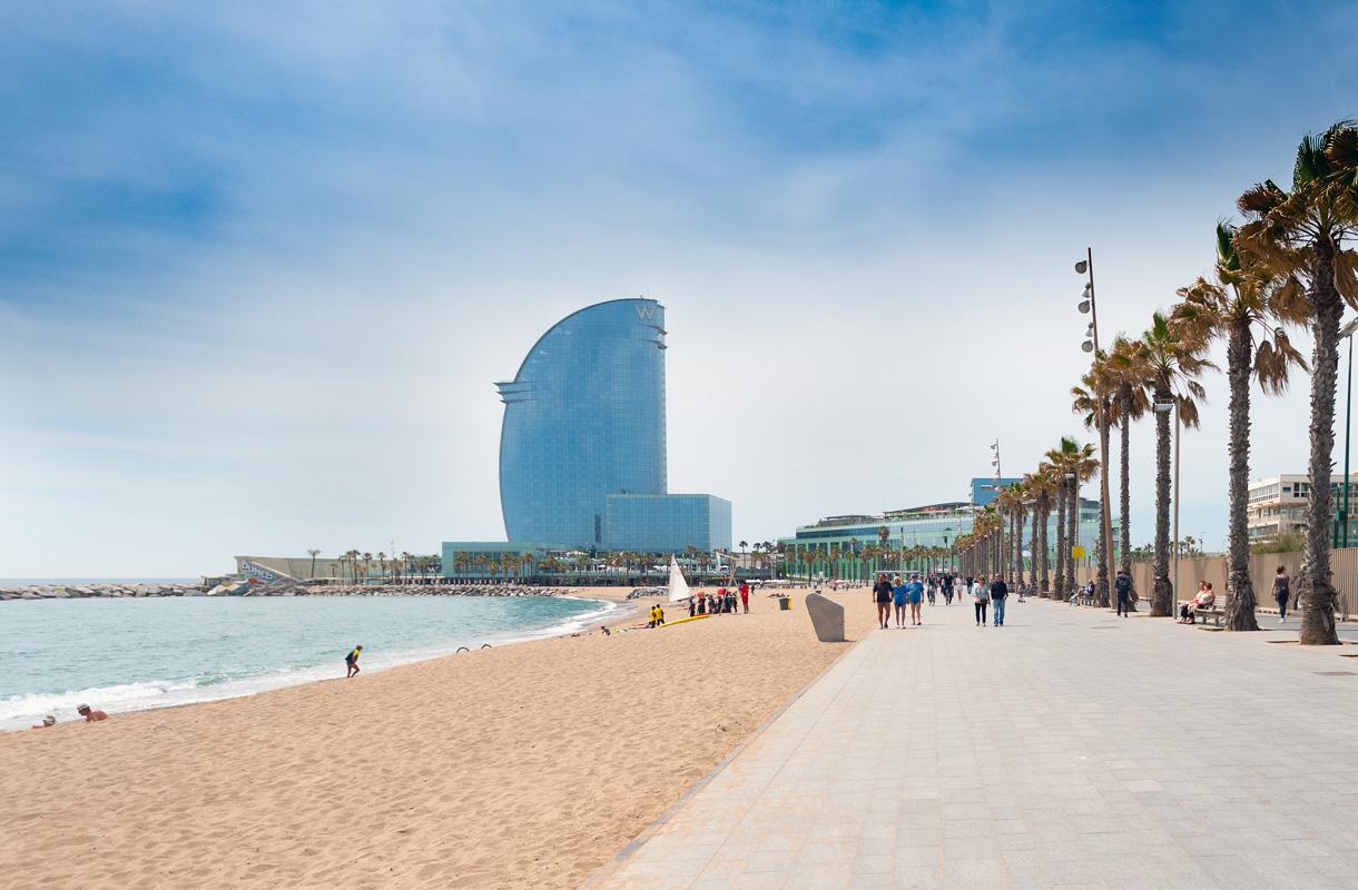 Barcelonaan kannattaa matkustaa vilkkaimman sesongin ulkopuolella