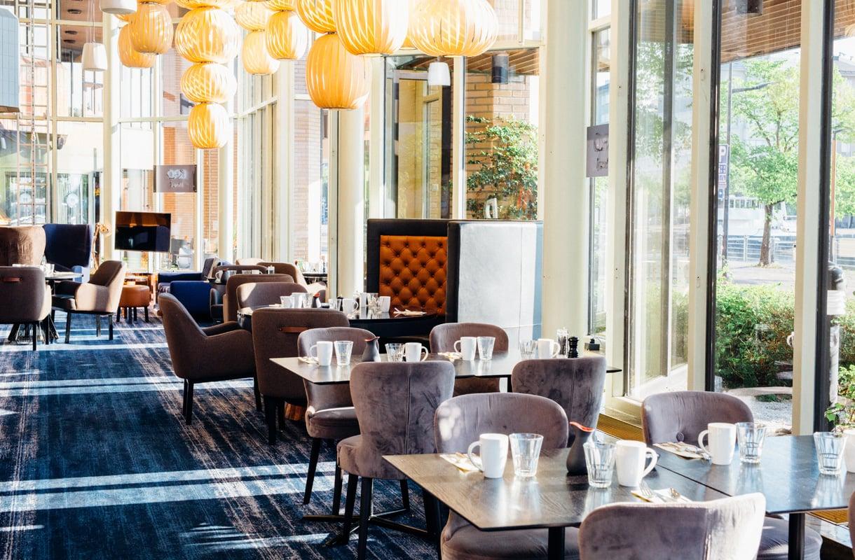 Hilton Helsinki Strandin aamiainen