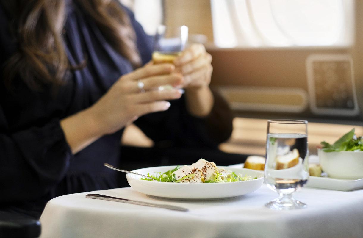 Mitä ruokaa lennolla ei tarjoilla?
