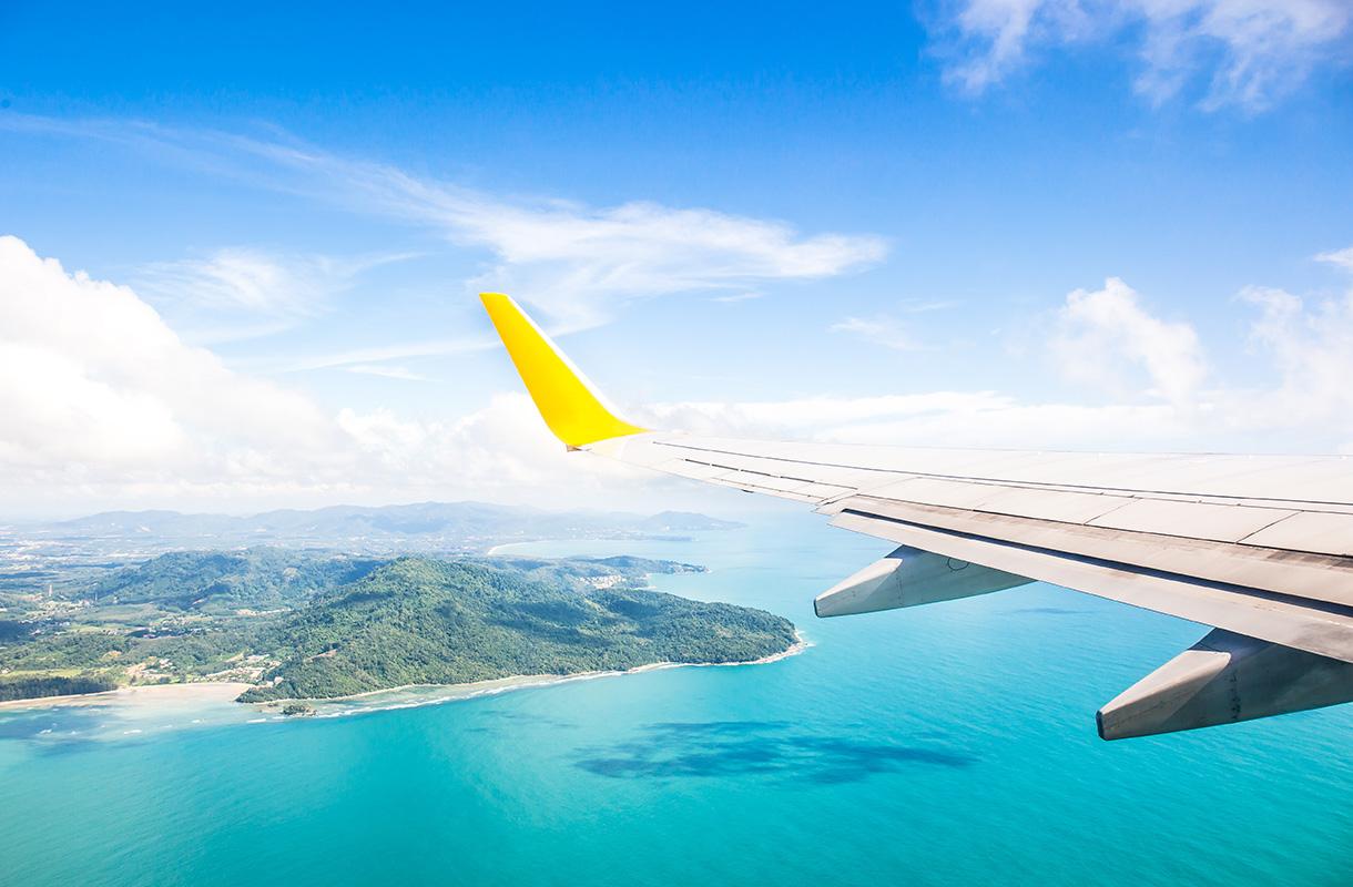 Lennetäänkö Bermudan kolmion yli?