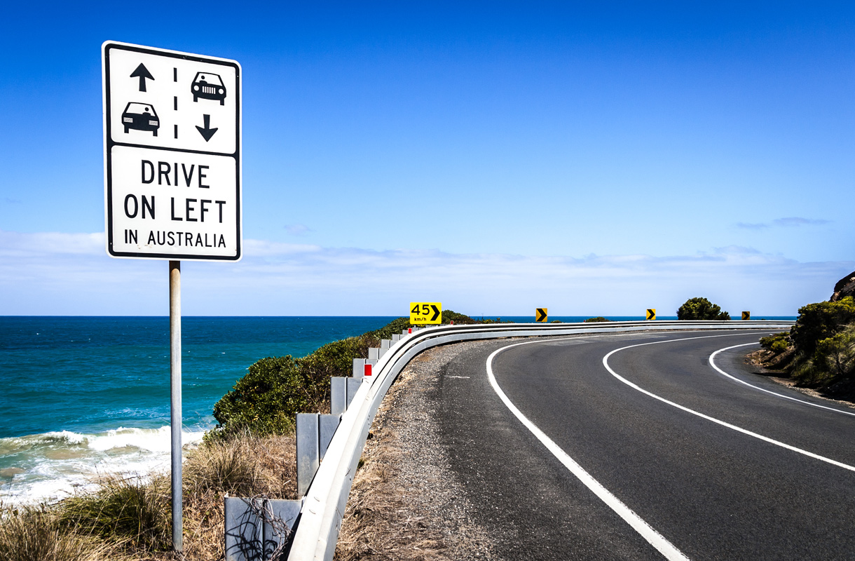 Australian vasemmanpuoleinen liikenne