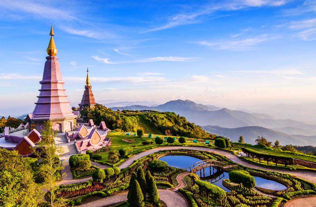 Bussilla Thaimaassa