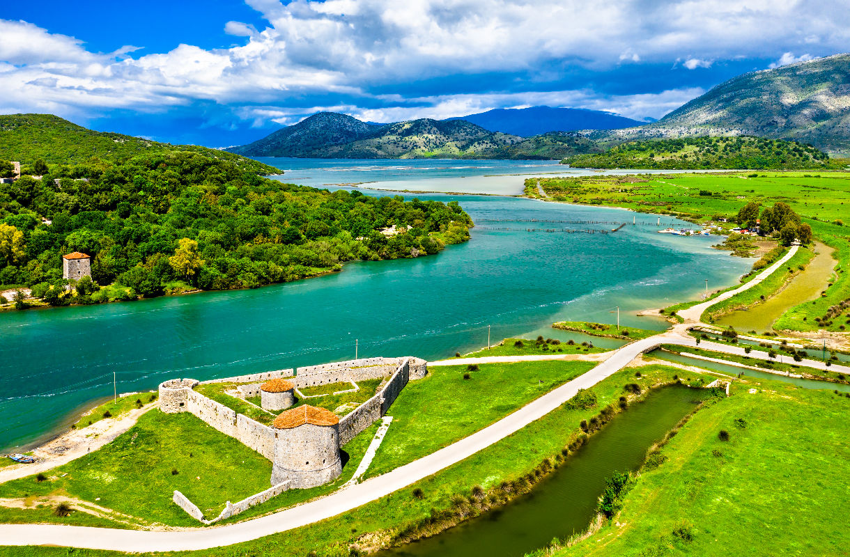 Linnoitus Albaniassa