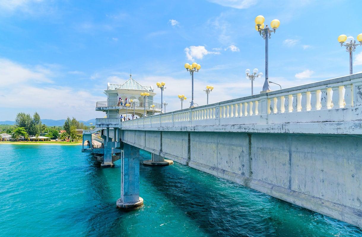 Sarasinin silta Phuketin saarelle