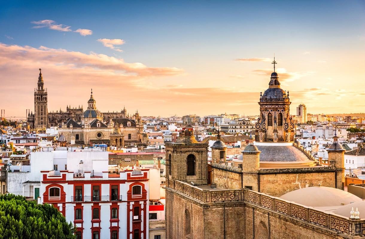 Sevilla on Andalusian isoin kaupunki