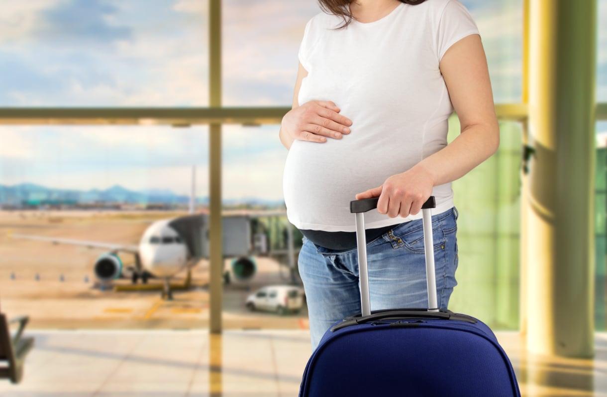 Lentäminen raskaana